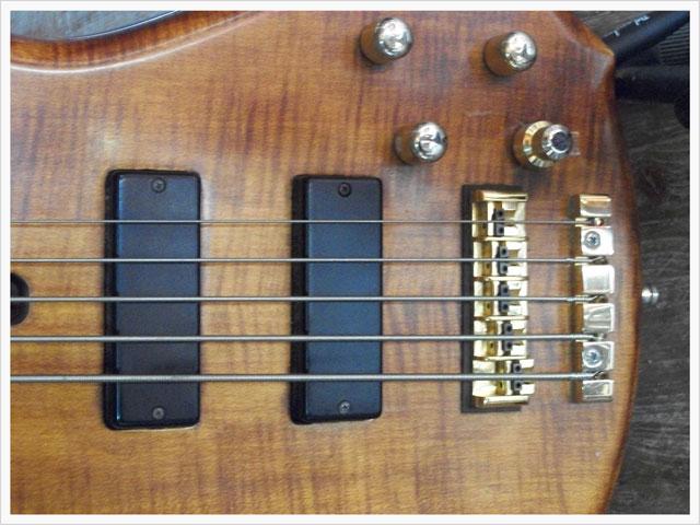 Accastillage de la guitare basse